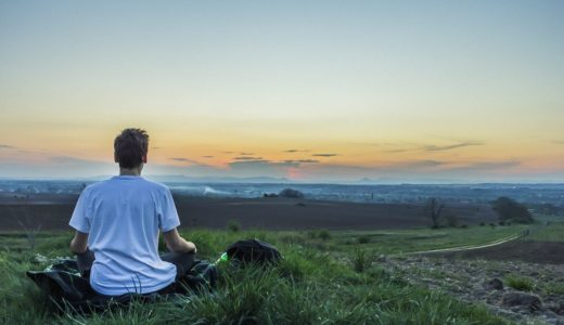 意識状態と姿勢の関係 瞑想はなぜ座ってするのか?